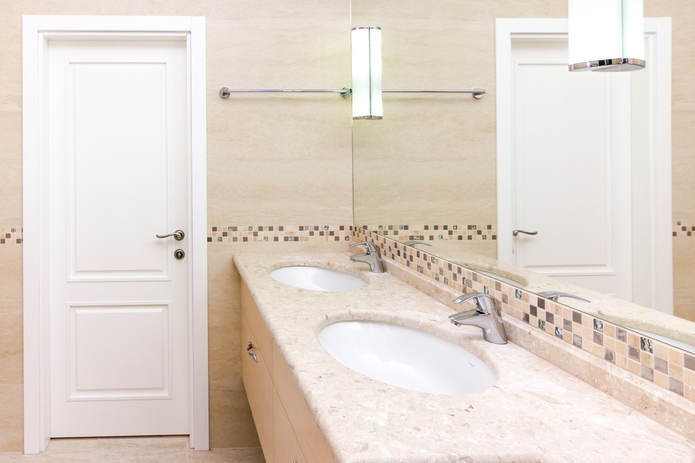 Benefits of Natural Stone Countertops in Your Bathroom